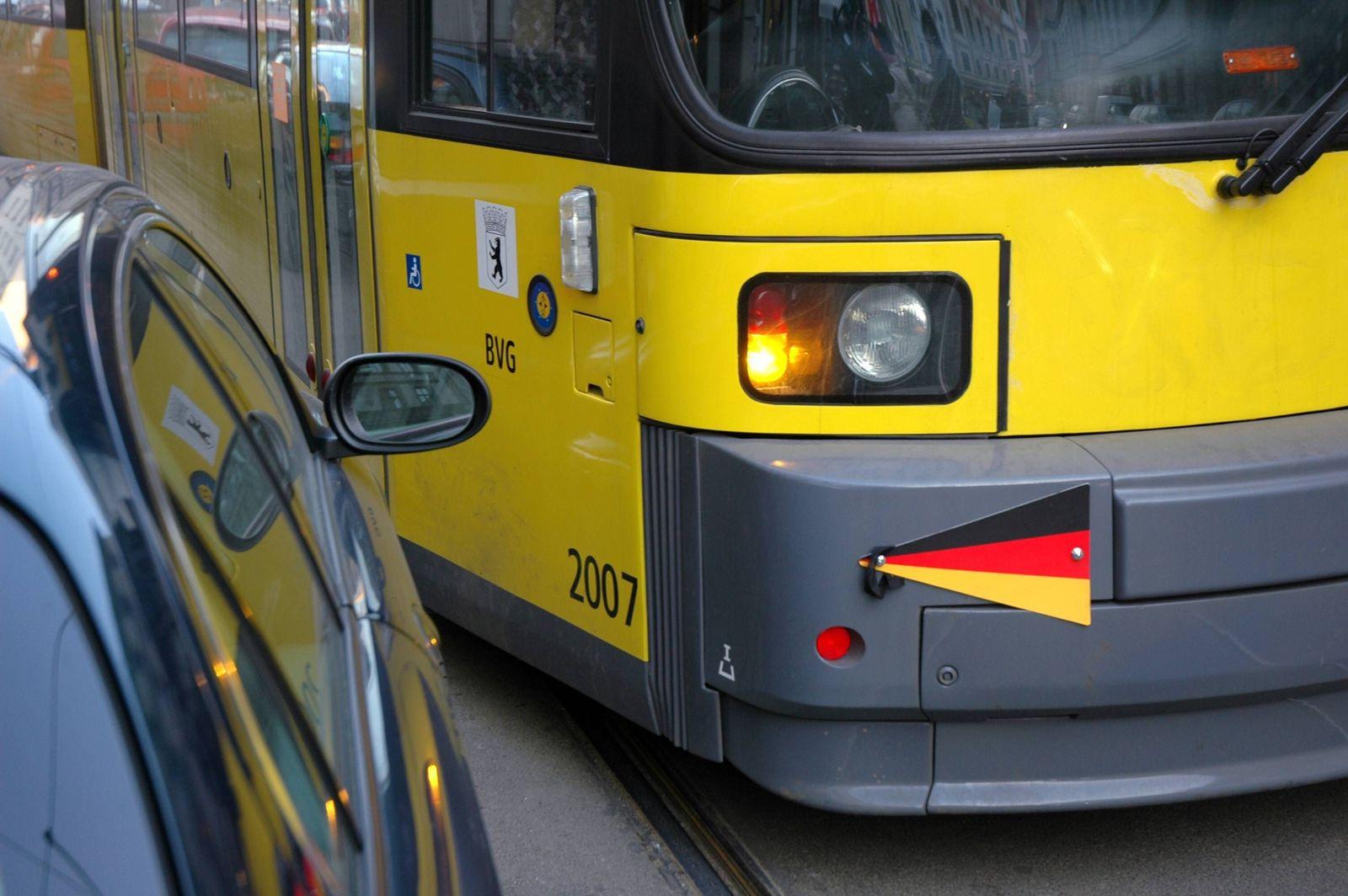 EINMALIGE VERWENDUNG Strassenbahn