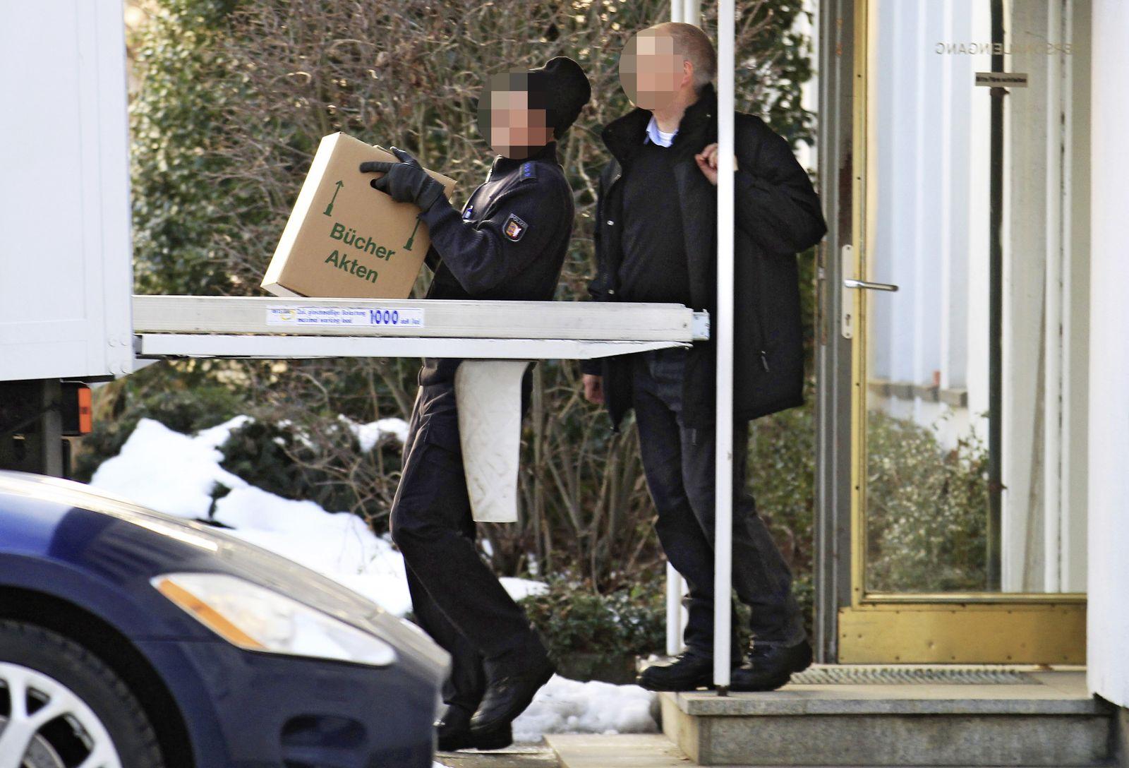 Polizeiliche Durchsuchung bei Harles und Jentzsch in Uetersen / Dioxin