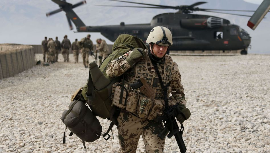 Bundeswehrsoldat in Afghanistan: Isaf-Mission endet Dezember 2014