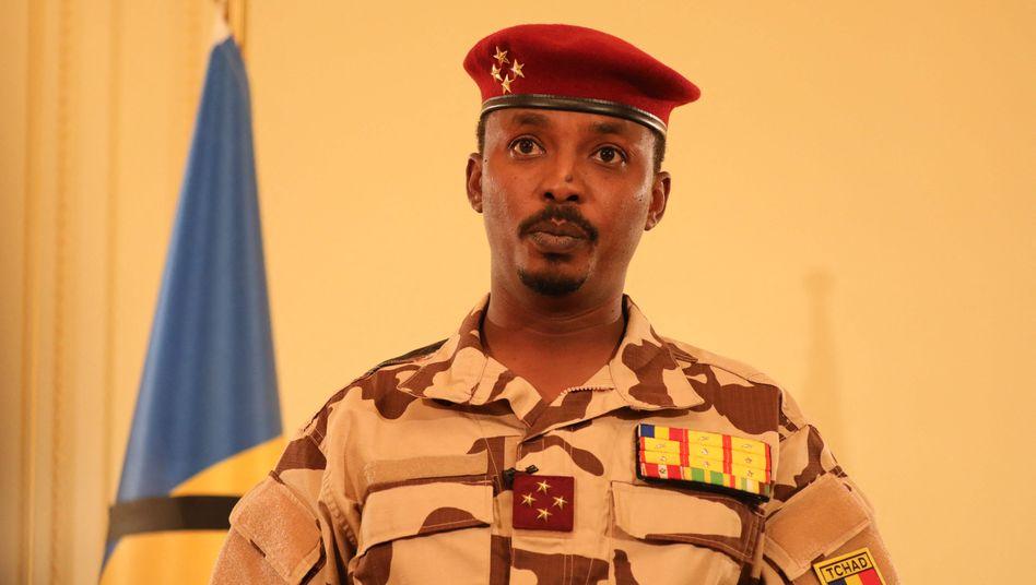 Mahamat Idriss Déby, Sohn des getöteten Präsidenten und Chef des Militärrates