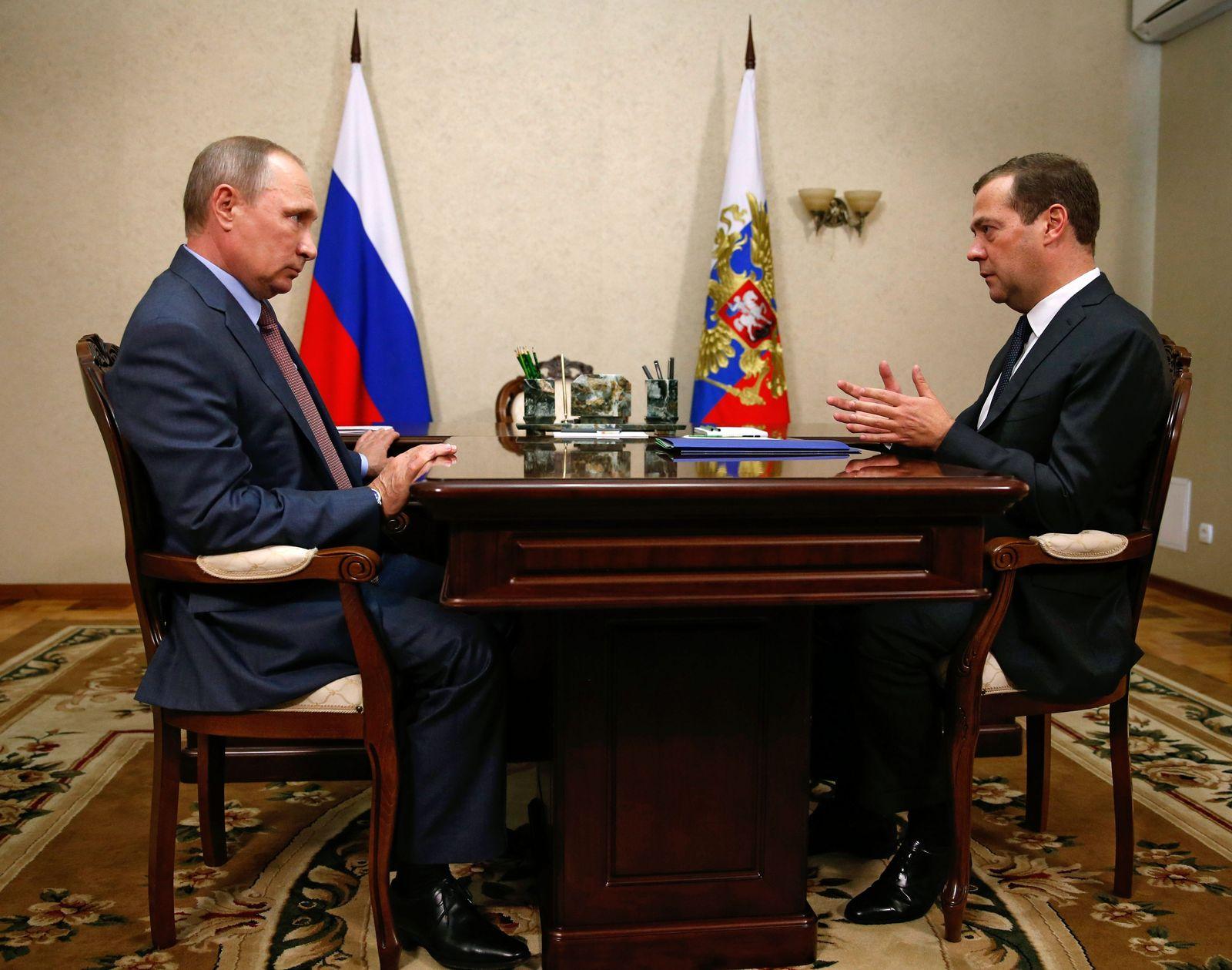 Krim Putin Medwedew