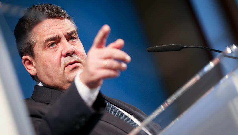 Bundeswirtschaftsminister Gabriel: Edeka muss liefern