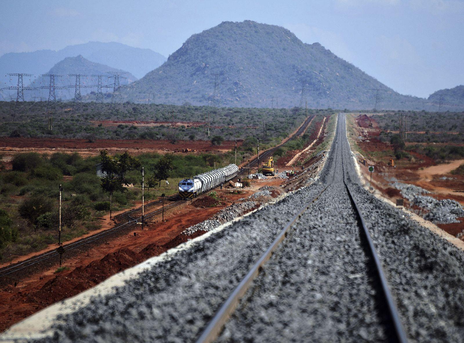 Kenia / neue Eisenbahn