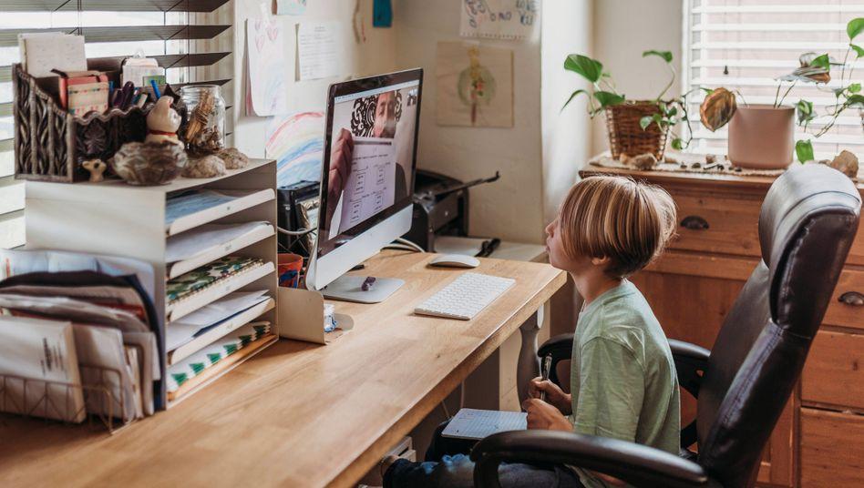 Digitale Kommunikation zwischen Schülern und Lehrern ist datenschutzrechtlich ein unsicheres Terrain