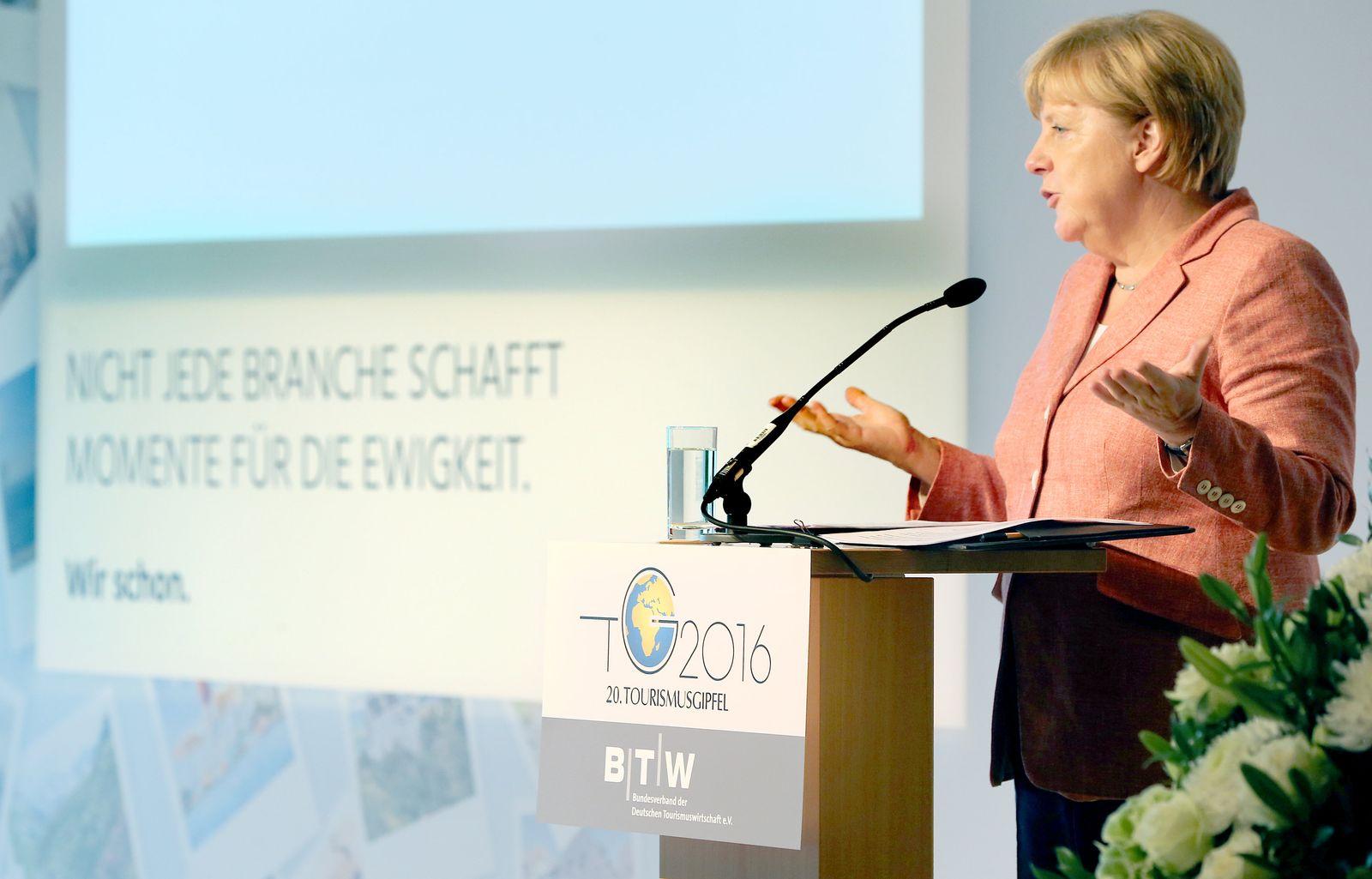 Merkel / Tourismusgipfel