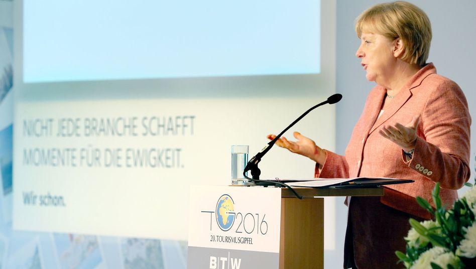 Angela Merkel auf dem Tourismusgipfel