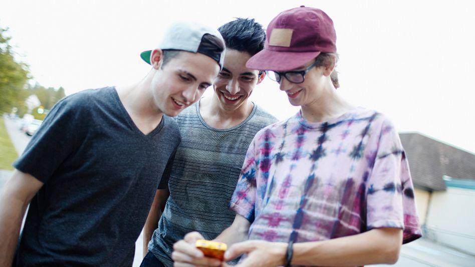 "Jugendliche mit Smartphone: ""Smombies""?"