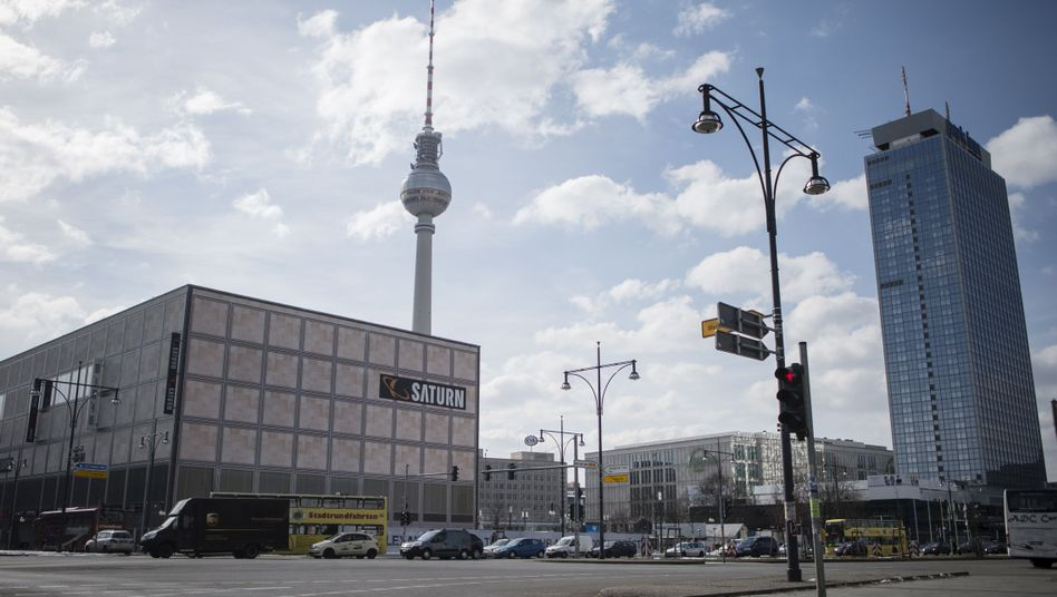 Berliner Alexanderplatz: Hier wurde der Schüler Jonny K. zu Tode geprügelt