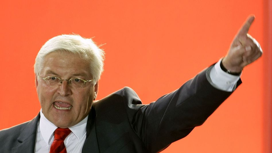 Frank-Walter Steinmeier gestures during a campaign rally in Stuttgart on Sept. 17, 2009.