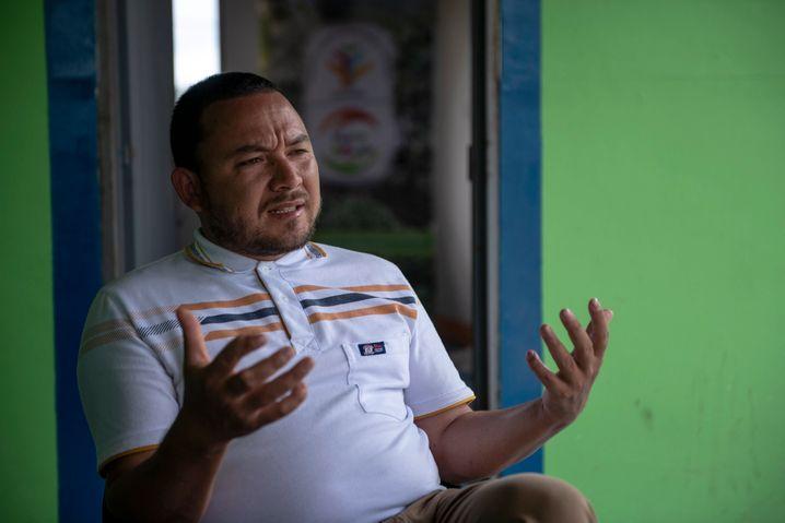 Farm director Jhan Carlos Moreno