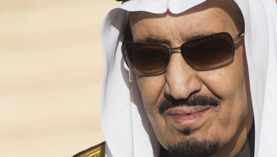 König Salman: Mit 400-köpfigem Tross in den Urlaub