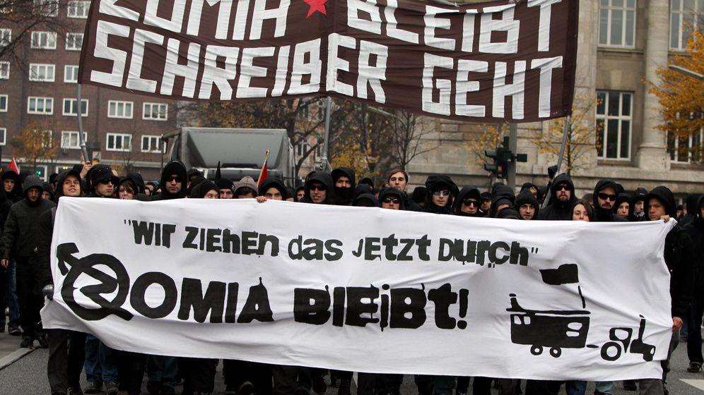 Demonstration gegen Räumung: Fünf Polizisten in Hamburg verletzt
