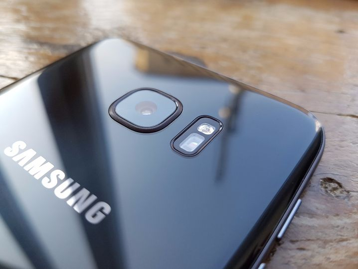 Das Samsung Galaxy S7 soll Android Nougat noch in diesem Jahr erhalten.