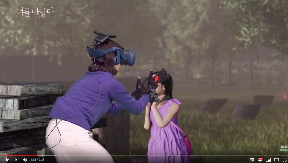 Echter Mensch trifft Avatar: Auf YouTube lässt sich das Video mit englischen Untertiteln ansehen