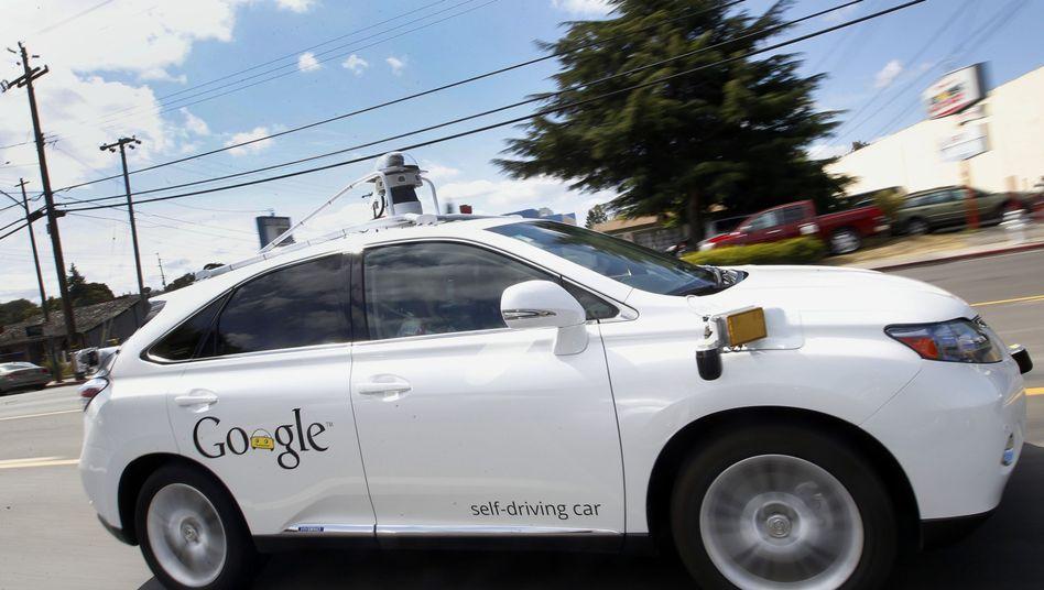 USA: Unfall mit selbstfahrendem Auto - Google räumt Mitschuld ein