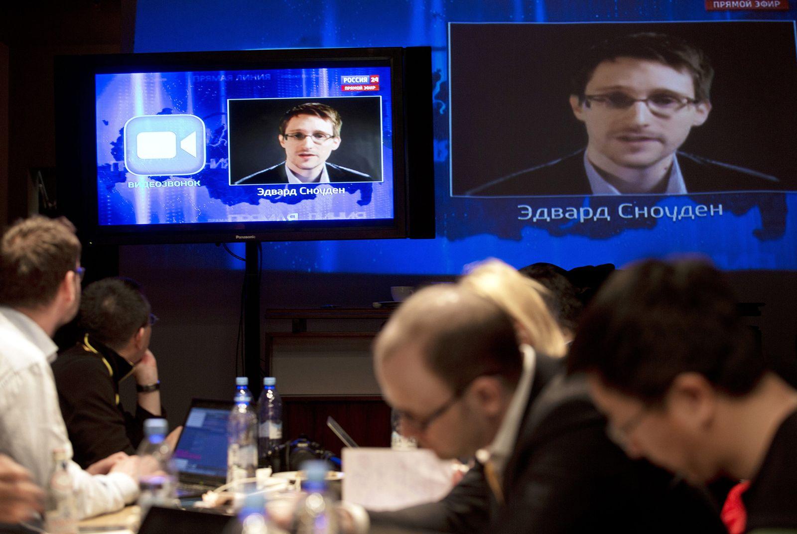 Putin/ TV/ Snowden