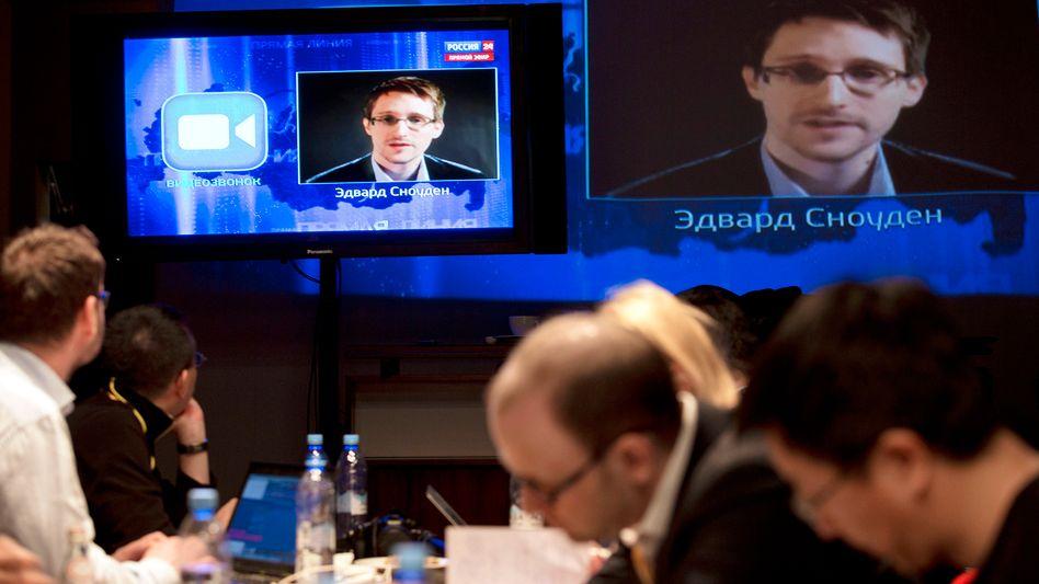 Snowden (Auftritt im russischen TV im April): Kritik an Gutachten aus Washington