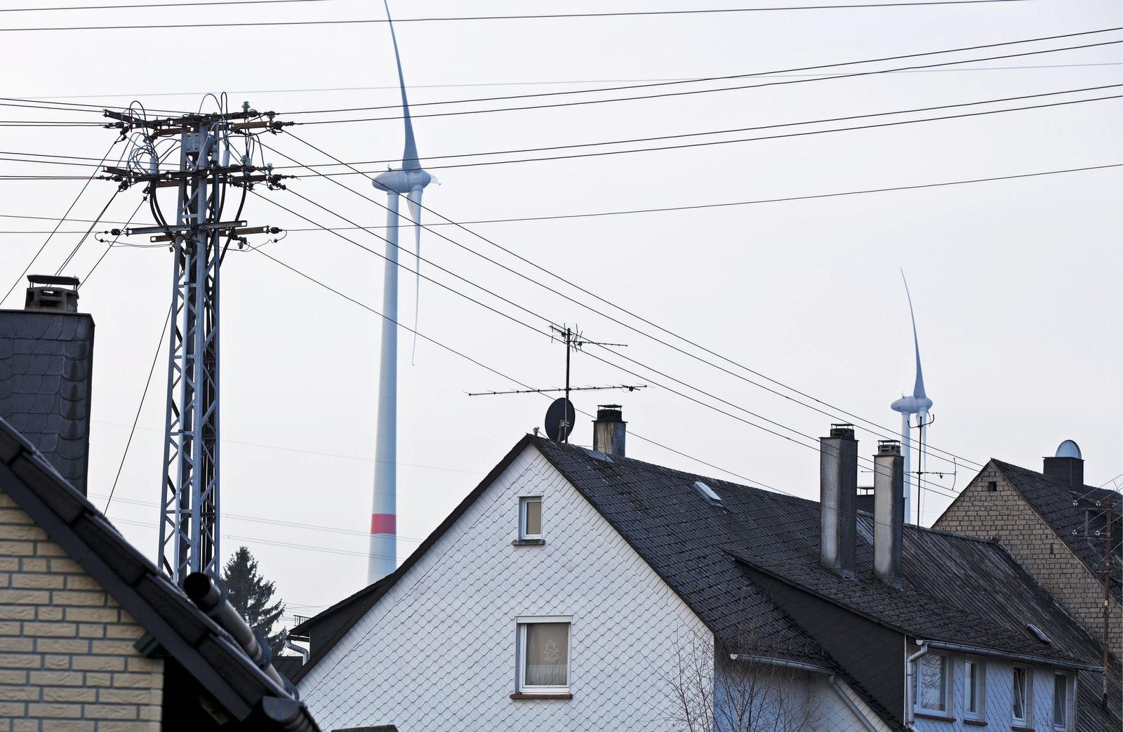 NICHT VERWENDEN Windräder / Häuser