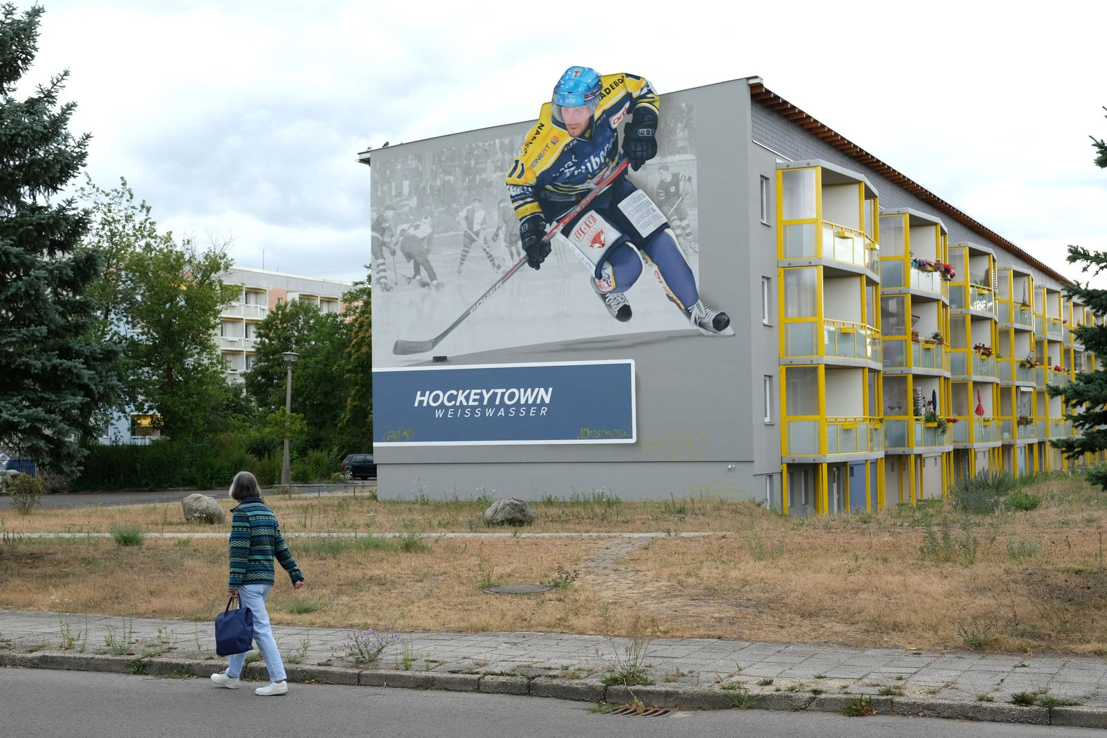 In Eastern Germany, Small Towns And Rural Communities Remain Economically Challenged