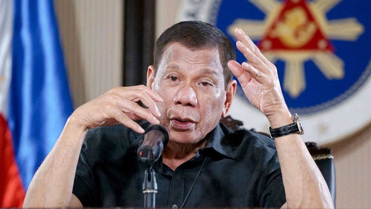 Coronakrise auf den Philippinen:Duterte droht mit Erschießungen - DER SPIEGEL - Politik