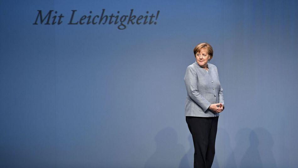 Kanzlerin Merkel (bei einem Unternehmensbesuch in Grevenbroich im Mai 2017)