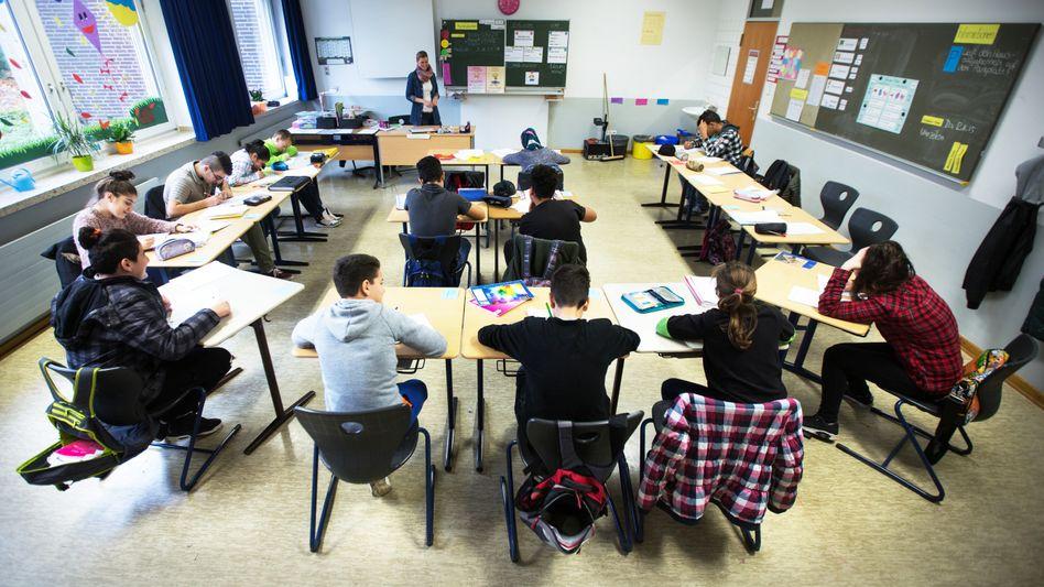 """Schule in NRW: """"Viele Lehrer werden alleingelassen, das schürt Angst"""""""