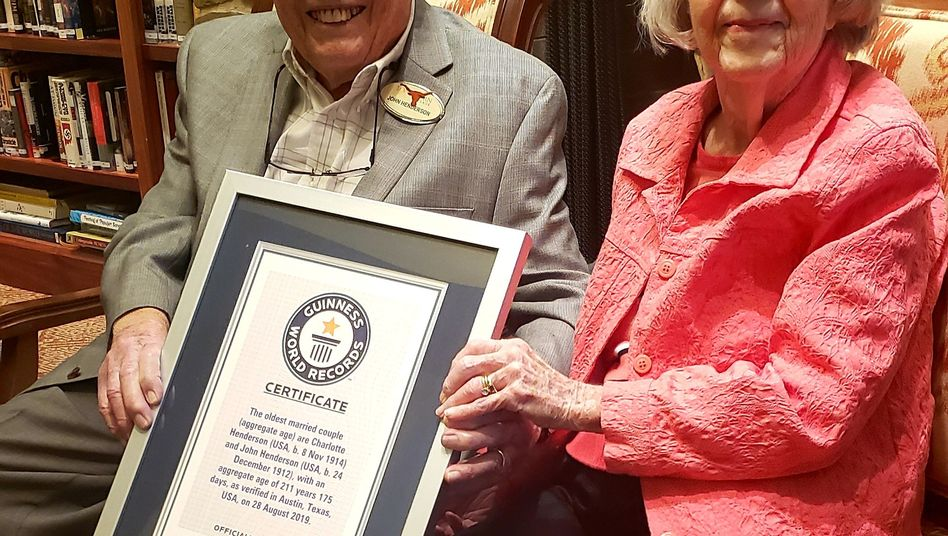 John and Charlotte Henderson: 211 Lebensjahre, 80 Ehejahre