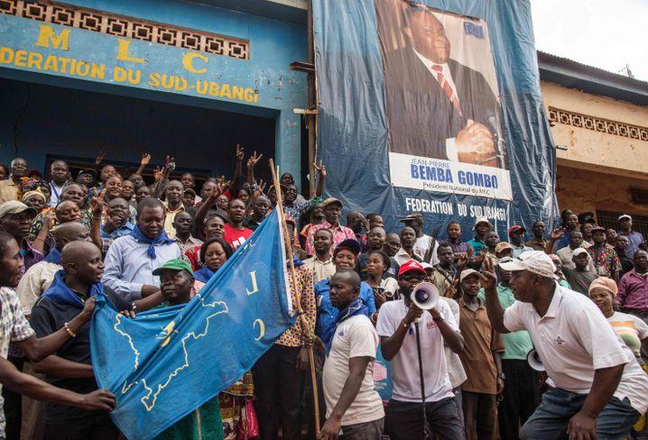 Begeisterung für den MLC-Chef und früheren Vizepräsidenten Bemba in Kinshasa