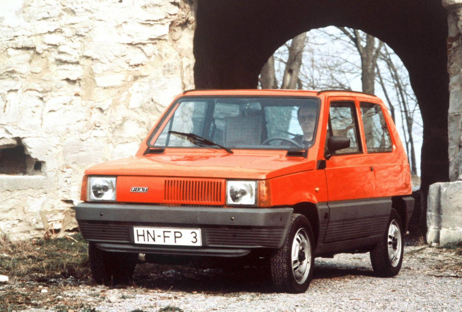 Buch/ Vea Kaiser: Rückwärtswalzer/ Fiat Panda