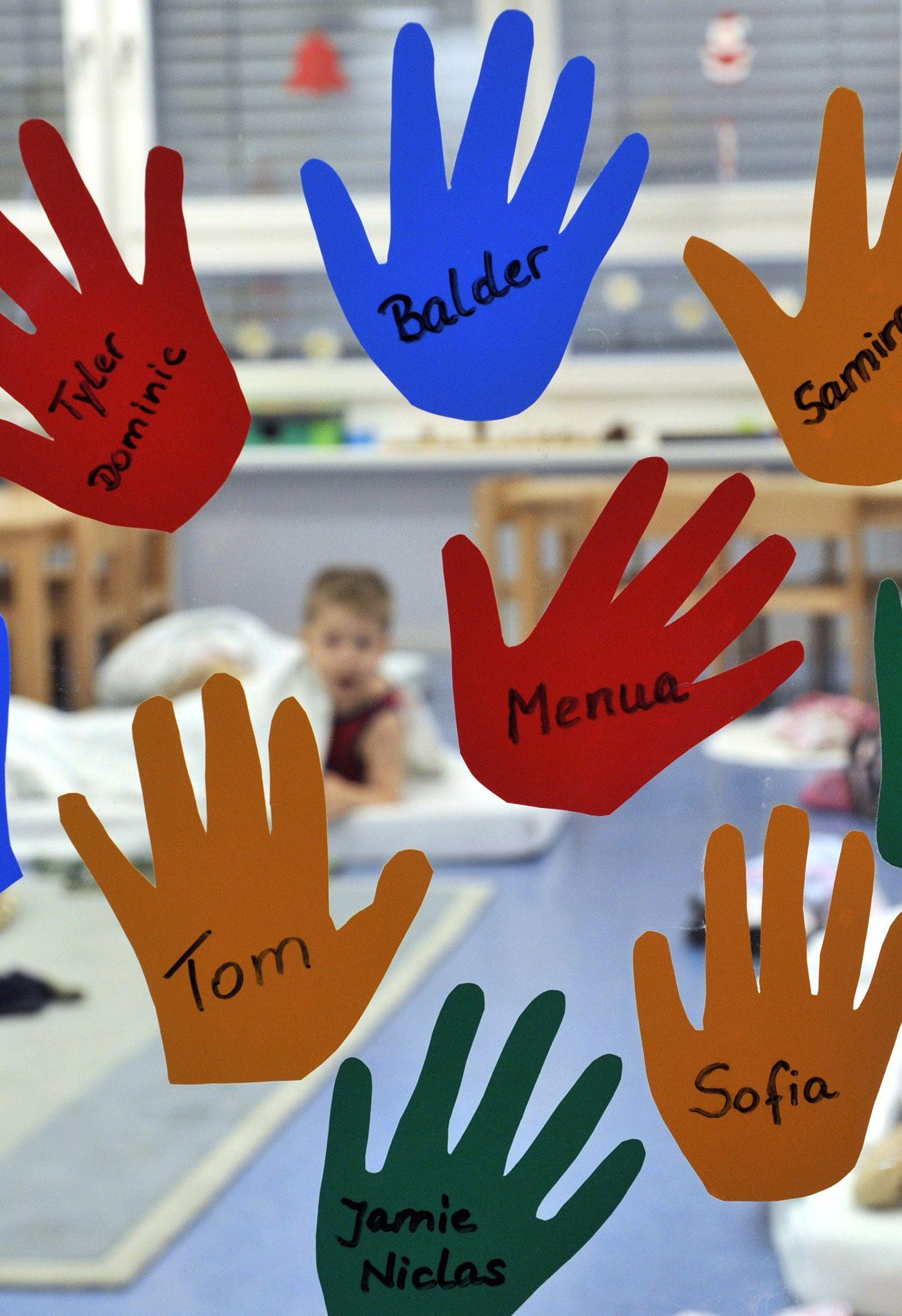 Kindertagesstätte / Hände