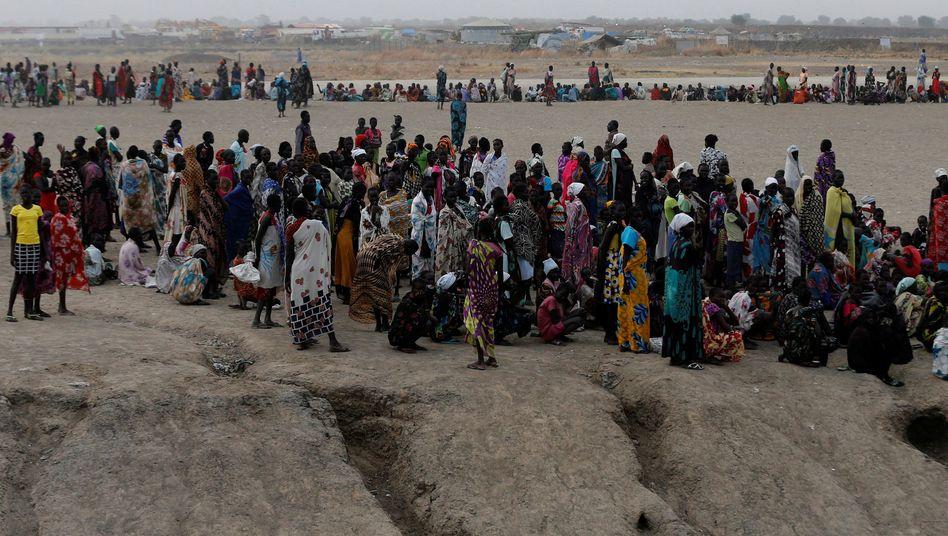 Hungernde Menschen im Südsudan