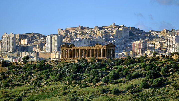 Sizilien: Schöner Blick vom Hügel der Schande