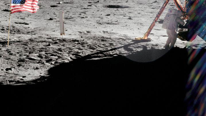 """Spuren der Mondmissionen: So sehen die """"Apollo""""-Landestellen aus"""
