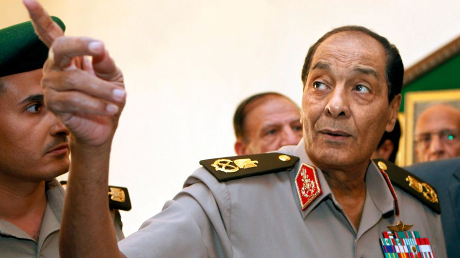 """Feldmarschall Hussein Tantawi: """"Die Streitkräfte sind das Rückgrat, das Ägypten schützt."""""""