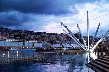 Hafen von Genua: Pianos Brücke zwischen Moderne und historischen Bauten