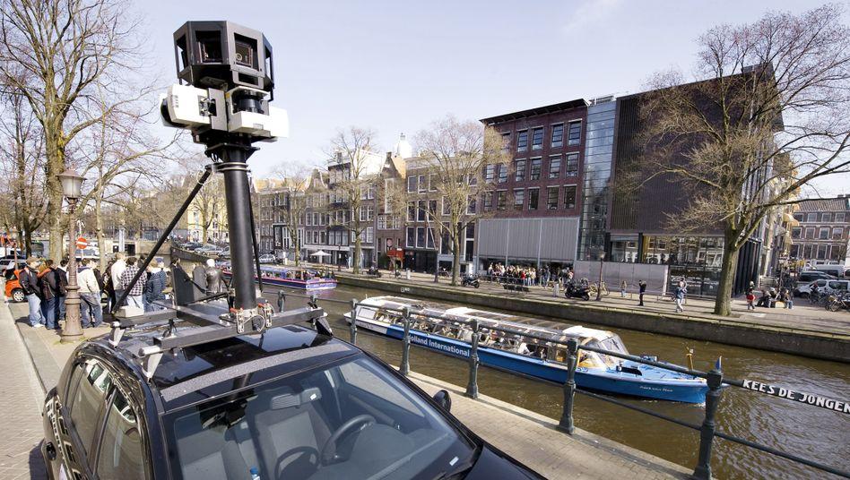 Auto mit Kamera (in Amsterdam): Google zahlt eine Million Euro Strafe