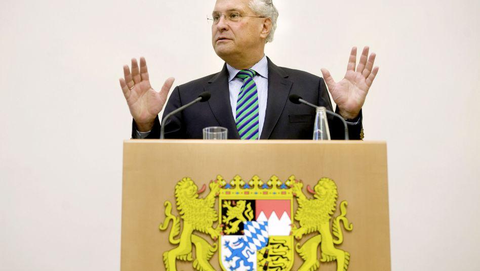 Bayerns Innenminister Joachim Herrmann (CSU): Anzeige von der Piratenpartei