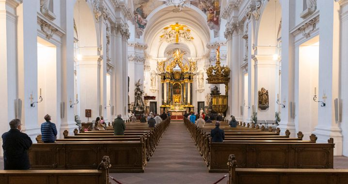 Gottesdienst im Fuldaer Dom (im Mai 2020)