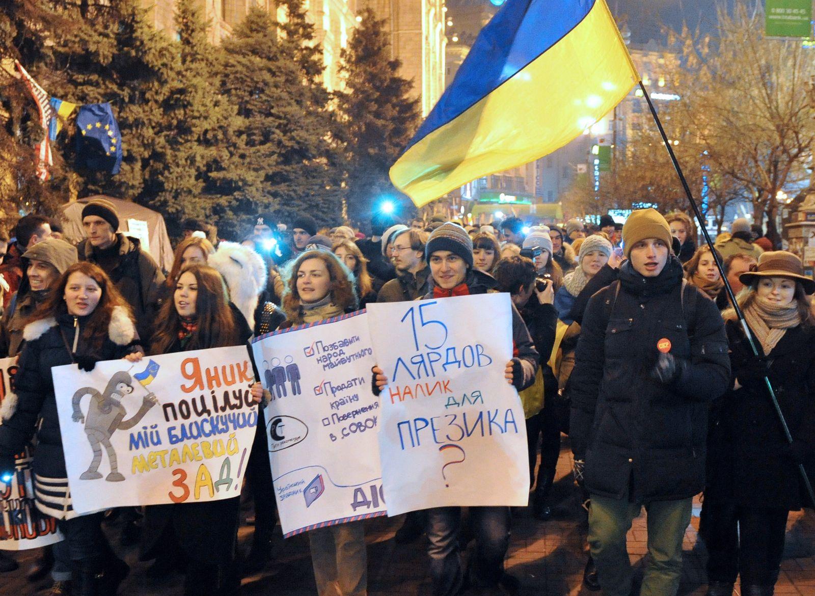 UKRAINE-UNREST-EU-RUSSIA-PROTEST