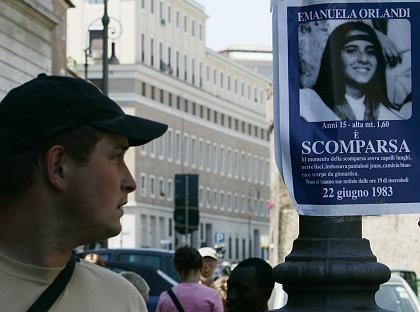 Vermisstenplakat im Zentrum Roms: Nach 25 Jahren fehlt von Emanuela Orlandi noch jede Spur