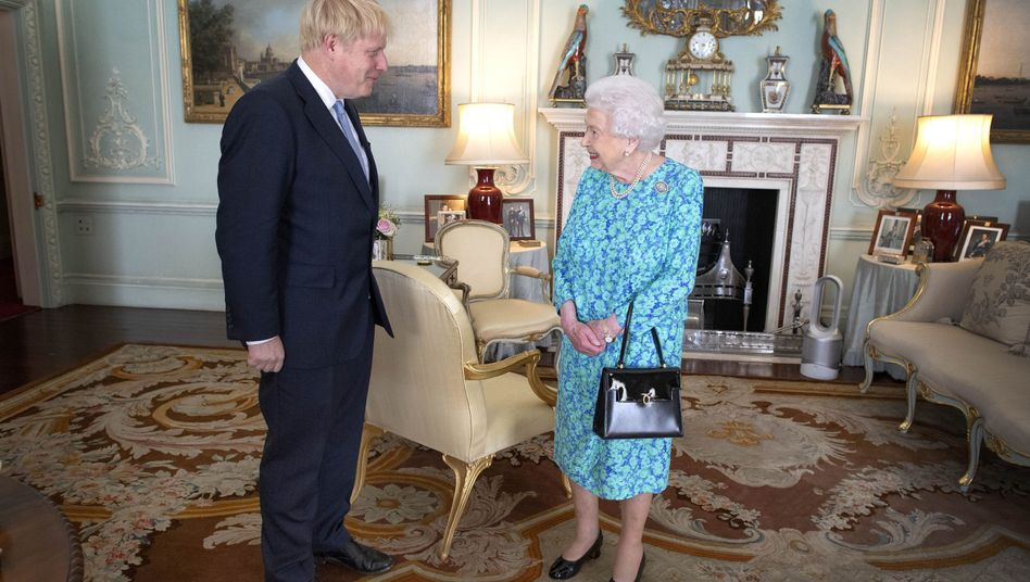 Boris Johnson und die Queen (beim Antrittsbesuch des Premiers)