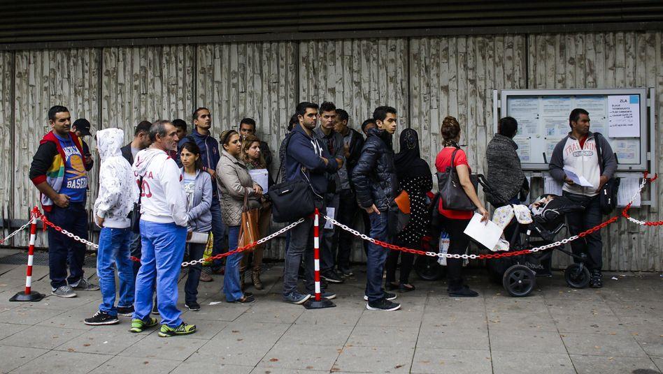 Wartende Flüchtlinge: Bitte nicht zu viele auf einmal - das war die Devise der CDU-CSU-Politiker bei Anne Will