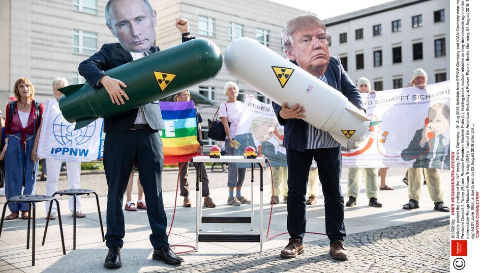 Demonstration gegen Aufrüstung in Berlin: Für Europa stellte das INF-Abkommen eine wichtige Sicherheitsgarantie dar