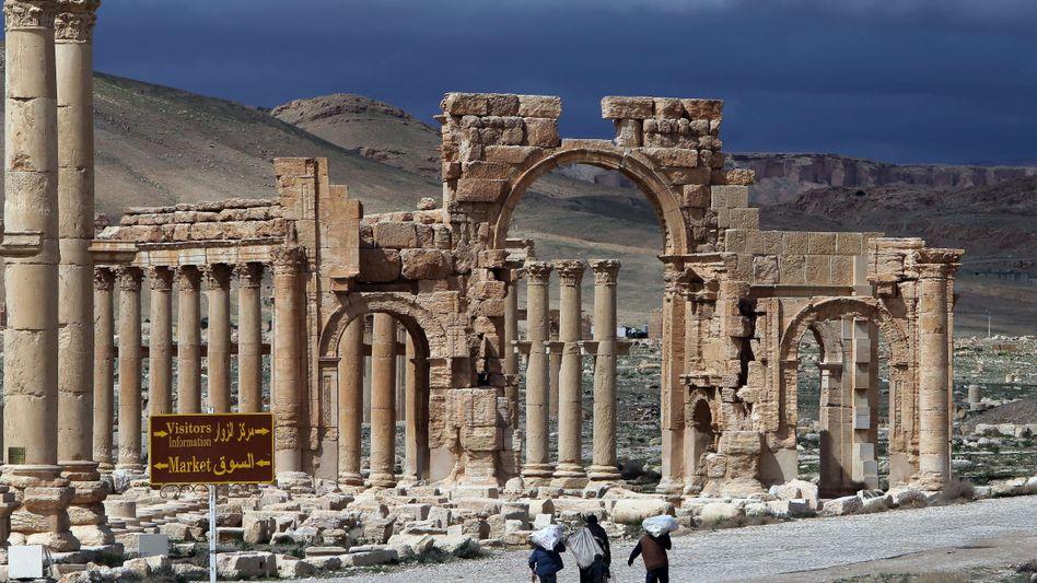 Weltkulturerbe in Palmyra: Verwüsten IS-Terroristen auch diese Stätten?