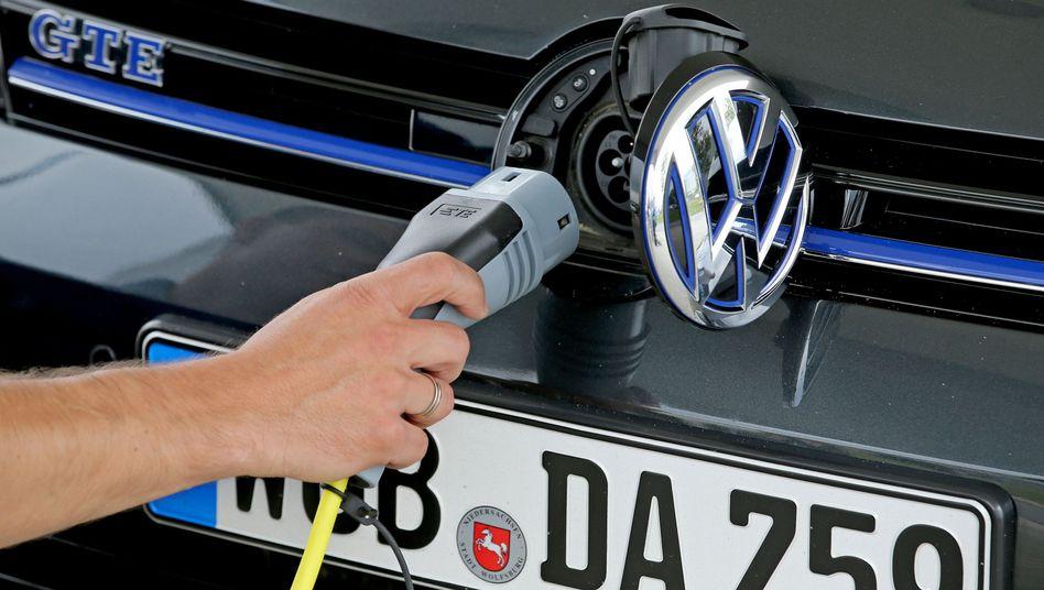 VW Golf Hybrid