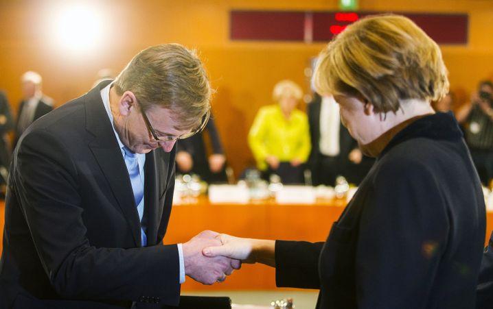 Sehr erfreut: Ministerpräsident Ramelow beim ersten Treffen mit Kanzlerin Merkel nach seiner Wahl (im Dezember 2014)