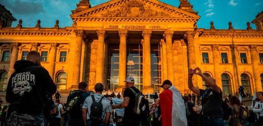 Corona, Querdenker, Trump: Forscher ruft Ende des Populismus aus – und warnt