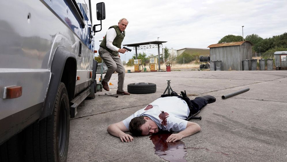 """Tatort"" mit Ulrich Tukur: Zombies, Disco und John Wayne"