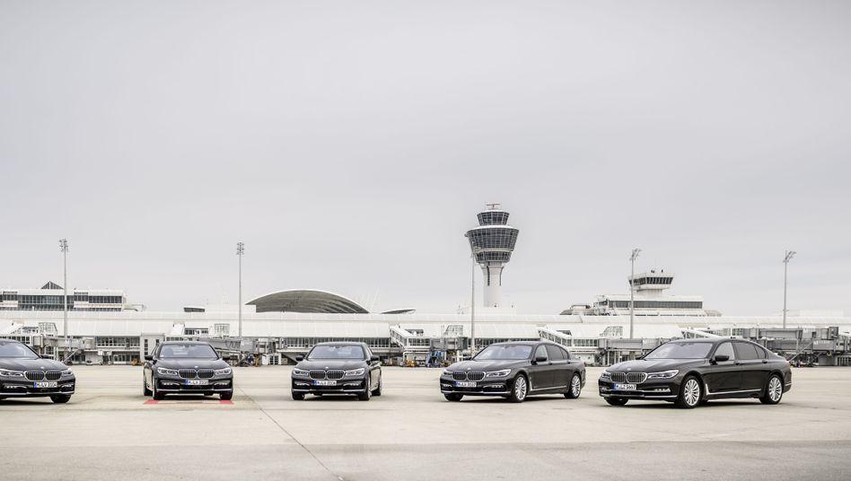 BMW-Hybridlimousinen am Münchner Flughafen