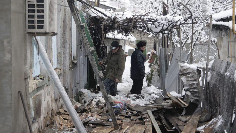 """Bewohner von Donezk in ihren zerstörten Häusern: """"Die Situation ist die schlimmste seit September"""""""